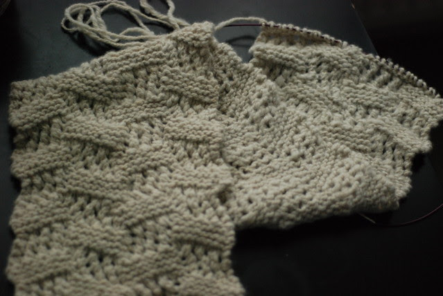 Reversible Midwest Moonlight Interweave Knits scarf pattern