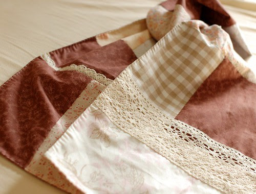 Patchwork scarf with lace