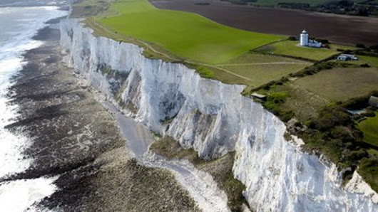White Cliffs of Dover: Why are they so important to the British? - BBC News