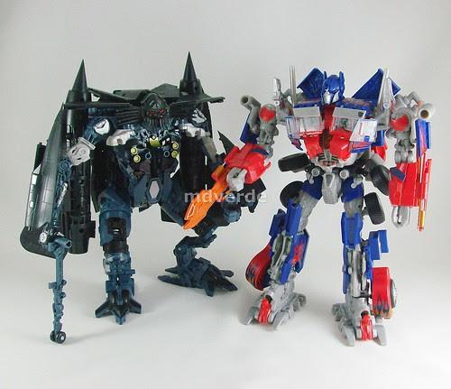 Transformers Jetfire RotF Leader vs Optimus Prime - modo robot