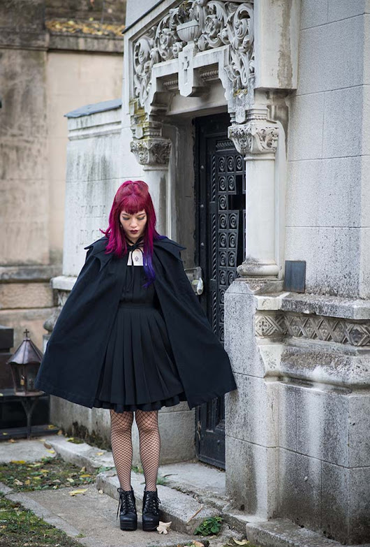 I spoke at Experience Bucharest conference! Travel influencers Romania tourism event, Bellu Cemetery vampire fashion. | La Carmina Blog - Alternative Fashion, Travel, Subcultures