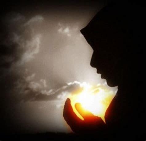 gambar kartun muslimah  berdoa gambargambarco