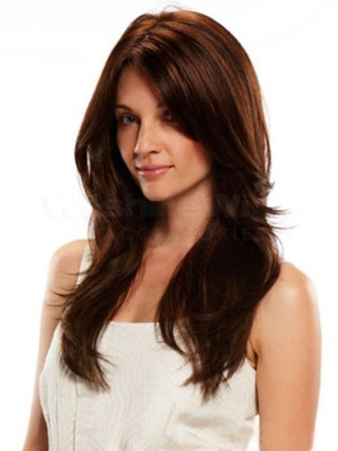 16 Easy-To-Do Long Hairstyles for Thick Hair For All Face ...