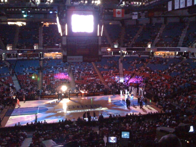 Kings and Raptors at ARCO Arena