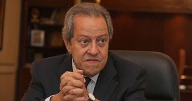 منير فخرى عبد النور، وزير الصناعة والتجارة الخارجية