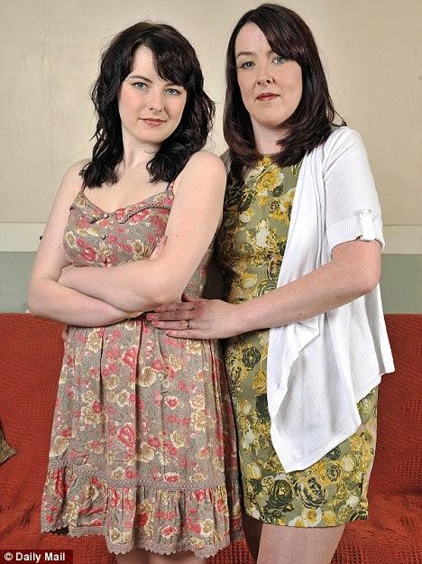 Meninos permitidos: Alexandra Fisher com mum Jane, que prefere a filha para ficar em sua casa com seu namorado para que ela sabe onde ela está