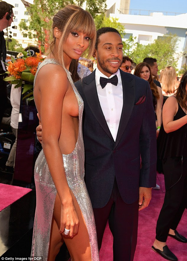 They make a great team! The singer posed alongside her co-host Ludacris