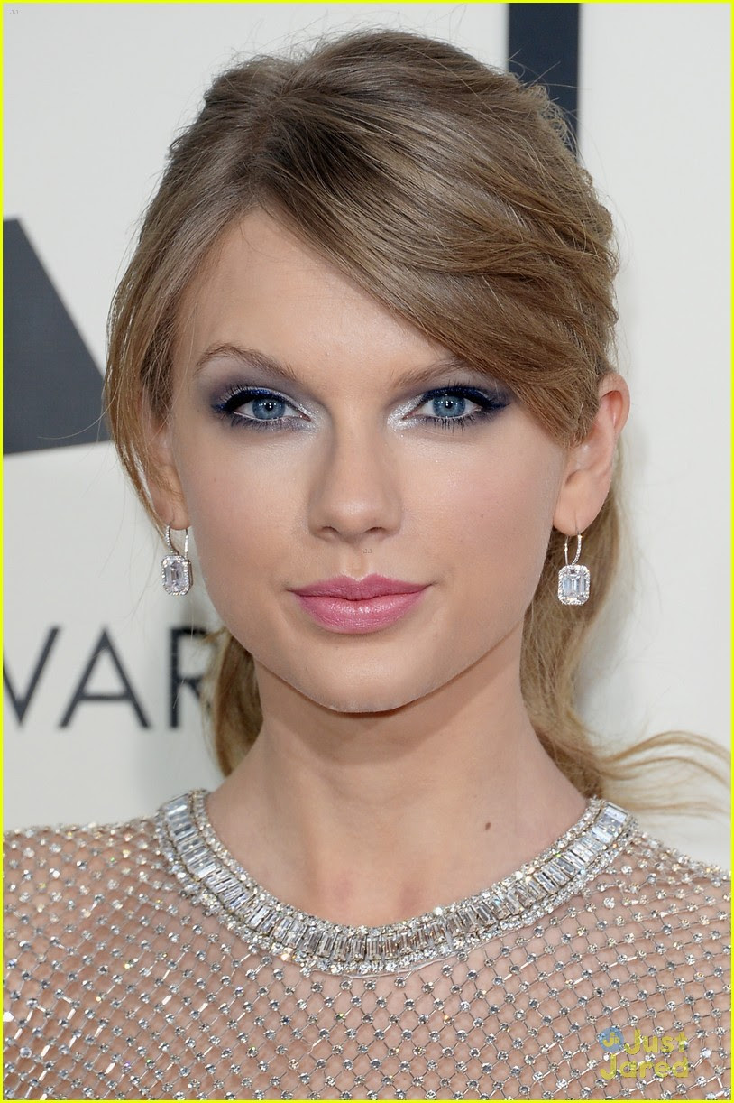 Taylor Swift - Grammys 2014 Red Carpet | Photo 638806 ...