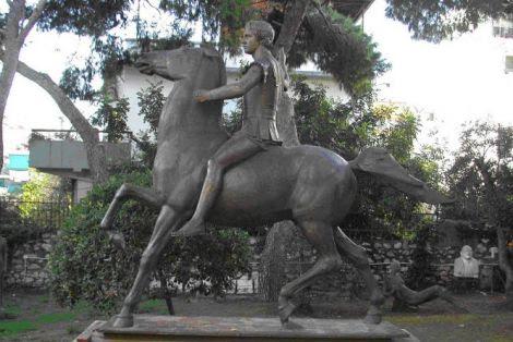 Τον ανδριάντα του Μ. Αλεξάνδρου ζητεί ο δήμαρχος Δέλτα