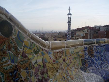 1 terrazza del Parco Guell a Barcellona. | Source | Author Phyrexian