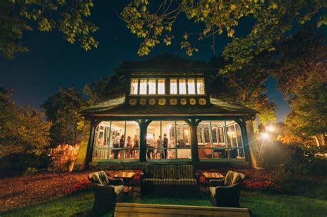 Kellogg Manor House   Hickory Corners, MI Wedding Venue
