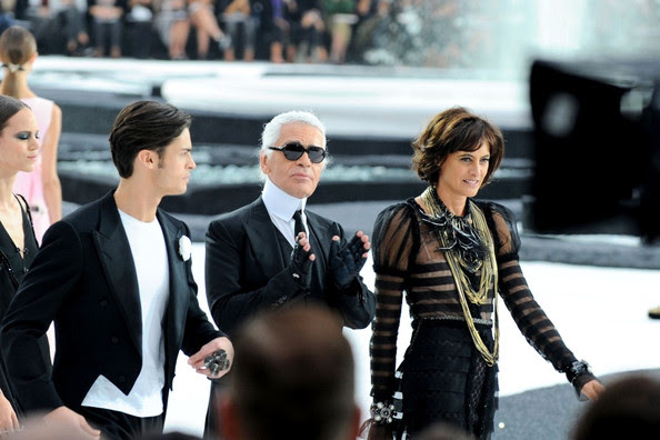 Ines de la Fressange - Chanel Fashion Show