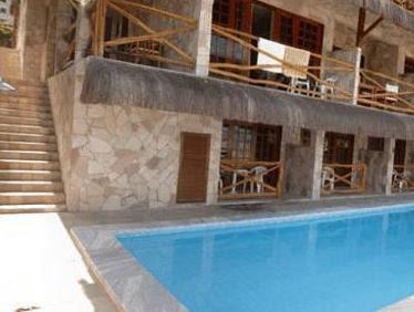 Review Castelo Beach Hotel