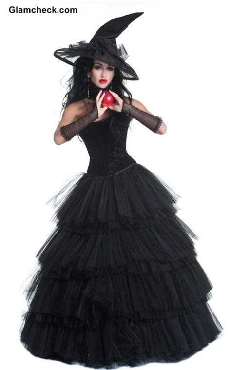 25  best ideas about Witch Costumes on Pinterest   Diy