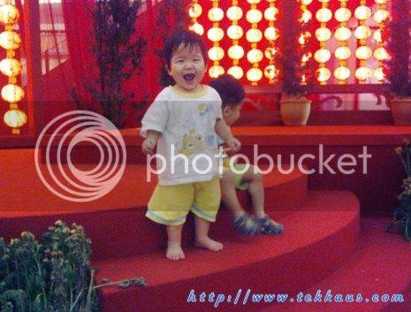 photo 06PosingInFrontofChineseNewYearDecorationsInJuscoAeonPICS_zps7d552e2a.jpg