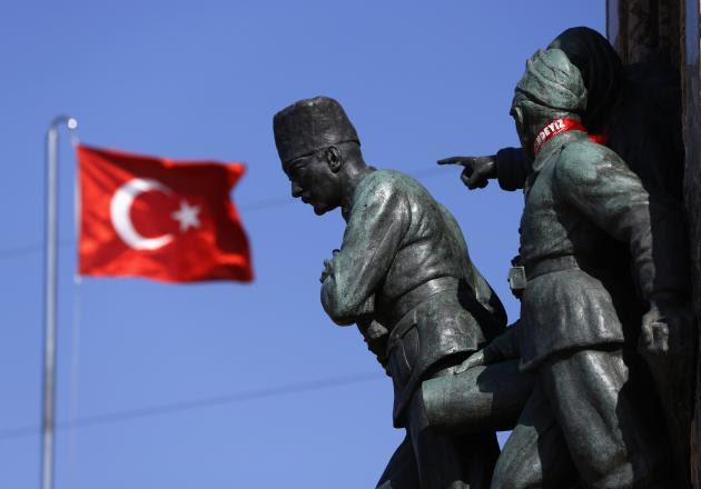 Τι προσπαθεί να στήσει ο Ερντογάν με τους δορυφόρους; Ανησυχία ΝΑΤΟ δυτικών