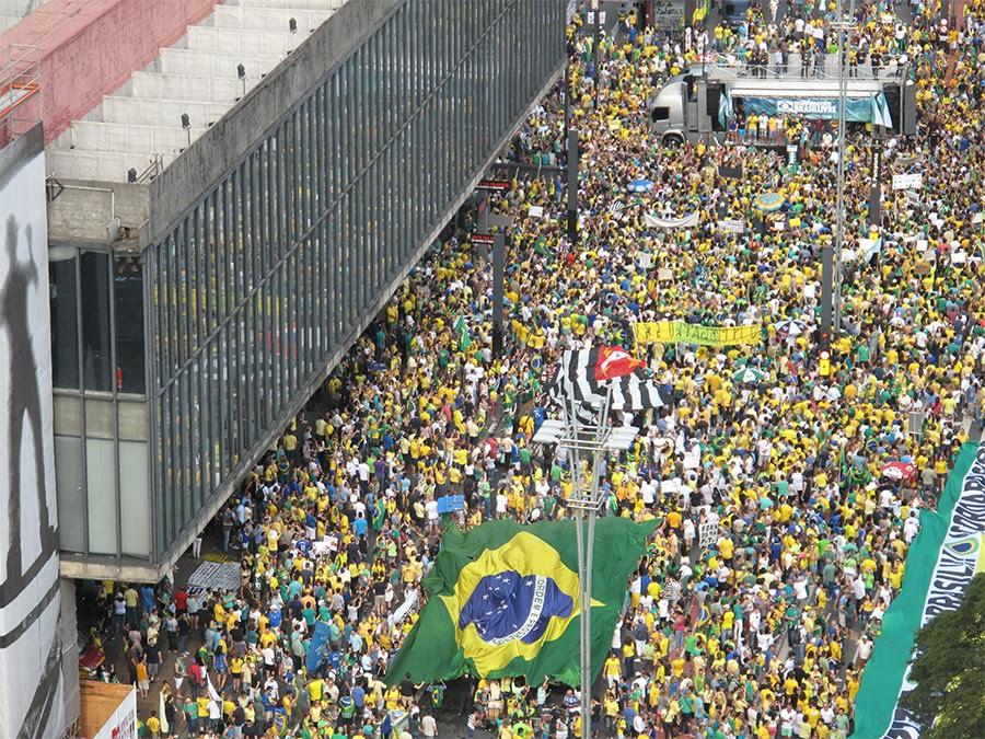 Antes de ouvir o Ronco nas ruas de todo Brasil dia 26, Uma das três principais reivindicações já foi atendida pelo Congresso
