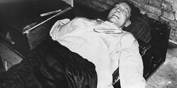 Hermann Göering eludió al verdugo y se suicidó ingiriendo cianuro