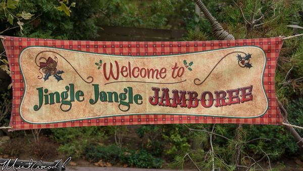 Disneyland Resort, Disneyland, Big Thunder Ranch, Jingle Jangle Jamboree, Santa, Claus, Mickey, Chip, Dale, Pluto