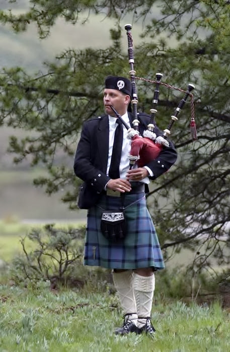 Bagpiper- Michael Lancaster - Serving Denver, Colorado, and Beyond