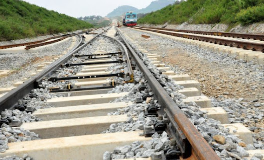 RAIL TRACKS THEFT AND VANDALISM: TWO POLICEMEN AND 12 OTHERS ARRESTED