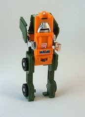 Transformers Brawn - modo robot (G1 Reissue)