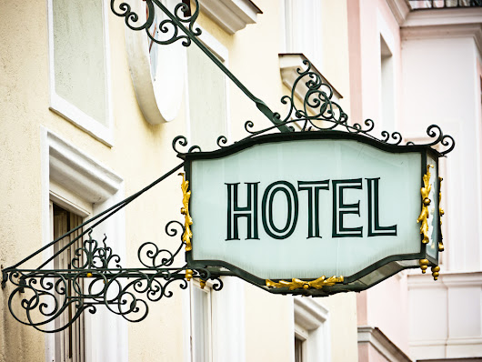 SMS in your branch: hotels | Blog SMSAPI.com