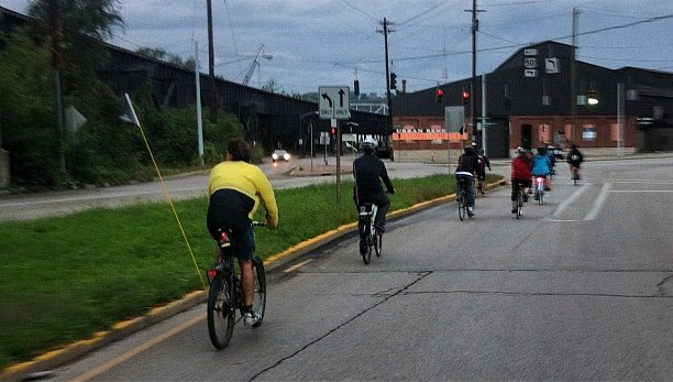 Fotofocus ride. Urban Basin Bike Club #downtowncincy #bike
