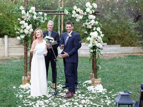 Angela Kinsey?s Wedding Album Is Here: See the First Kiss