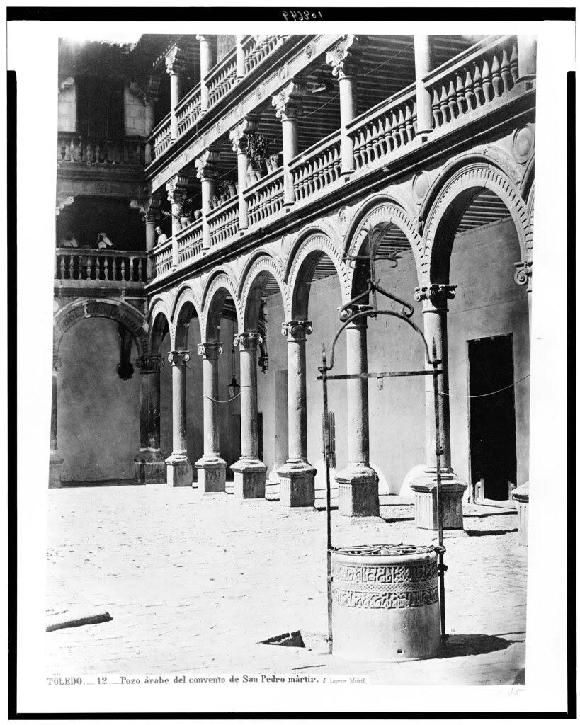 Claustro de San Pedro Mártir (Toledo) en el siglo XIX. Fotografía de Jean Laurent. The Library of Congress of the United States of America