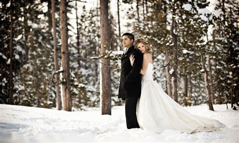 Taylor & Ethan ?Trash the Dress? photo shoot Mt. Bachelor