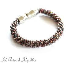 Bracelet en fil Or du Medium Marabout voyant Kokouvi.