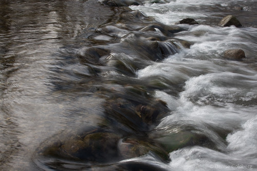 quickly flowing water