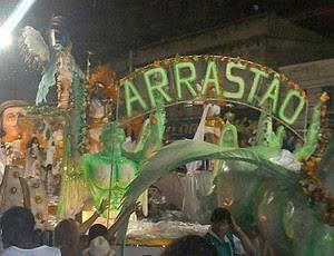 Arrastão de Cascadura Flamengo Patricia Amorim (Foto: Divulgação)