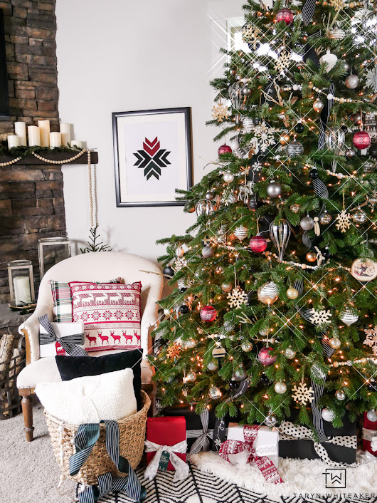 Woodland Chic Christmas Tree - Taryn Whiteaker