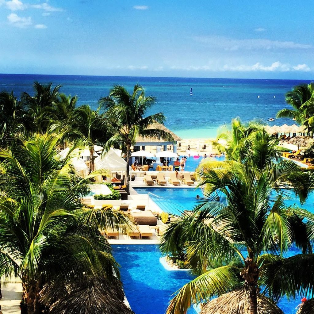 7 Best AllInclusive Singles Resorts in the Caribbean and