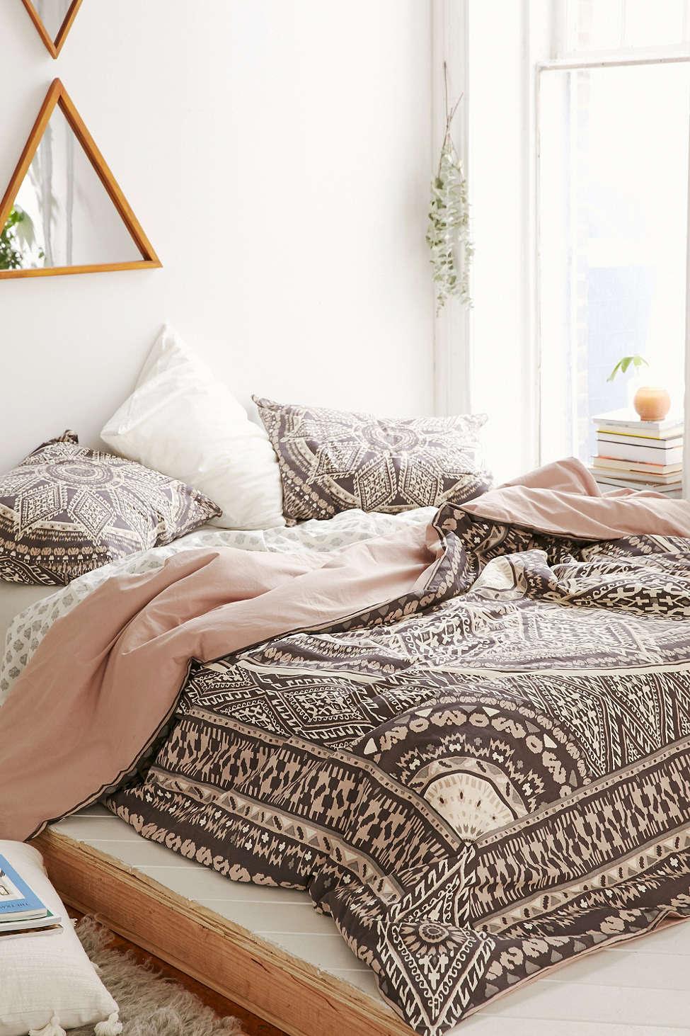 31 Bohemian  Bedroom  Decor  Boho  room ideas  Decoholic