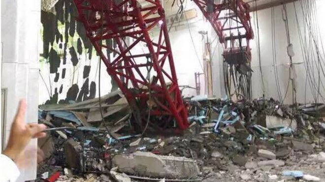 Image of crane collapsed on Grand Mosque in Mecca on 11 September 2015