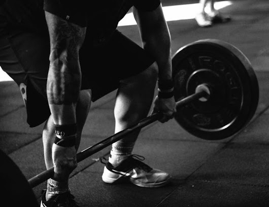 5 Best Weightlifting Shoes for Men | Men Sneakers
