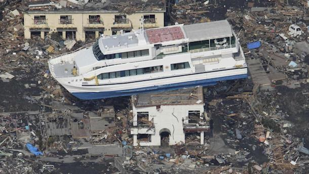 Video of terrifying destruction in Japan hits the web - Yahoo! News