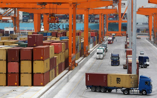 Export data point to last year being a record breaker | Kathimerini