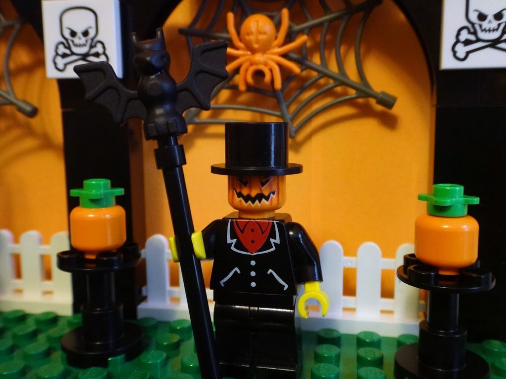 LEGO pumpkin head minifig Halloween pumpkin spider