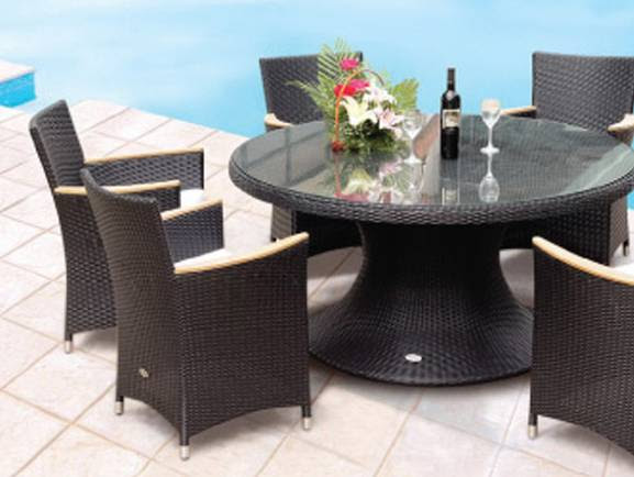 Helena 60 Inch Round Table with 4 Helena Chairs - HE60W/HWSTWH