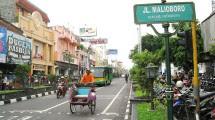 Jln Malioboro, Daerah Istimewa Yogyakarta (Foto:wikipedia)