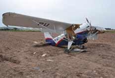 Avião experimental caiu de bico no chão durante testes de voo em Eldorado do Sul - Genaro Joner