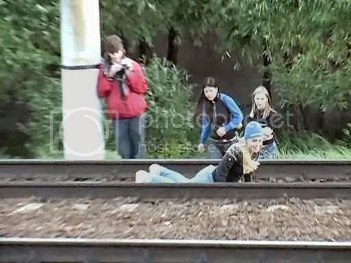 Russian teens have new fun : They dare trains