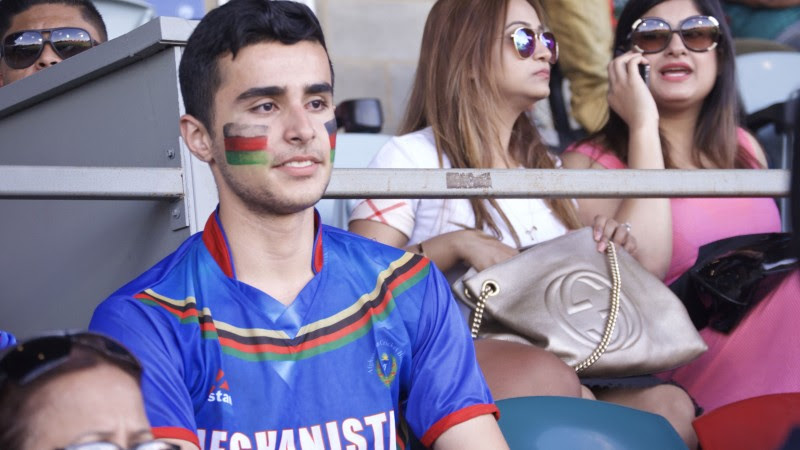 Afghani supporters were also colourful. Image by Rezwan (18/2/2015)