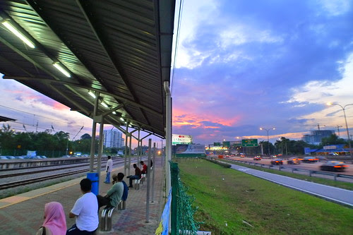 Batu Tiga train station 5