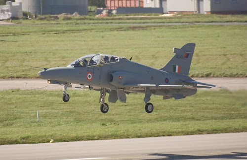 Hawk-Mk132-could-soon-be-meeting-the-requirements-of-the-IAF-prestigious-aerobatic-team by Chindits