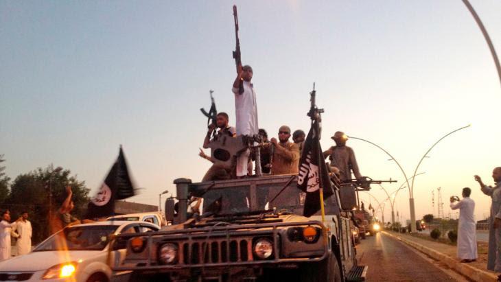 """الدولة الإسلامية """"داعش"""" في الموصل. Foto: picture-alliance/AP"""